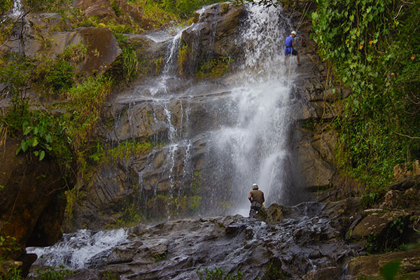 Waterfall rapelling in the Bocawina Park